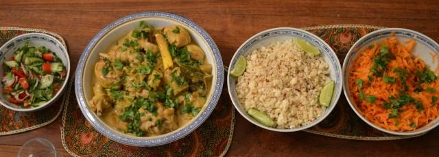 Creamy chicken curry with cauliflower rice